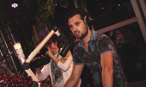 Ruud Feltkamp dancing with microphone Wikipedia